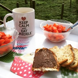 Mug Keep Calm and Eat Bredele